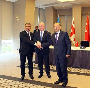 Трехсторонняя встреча министров обороны Азербайджана, Грузии и Турции