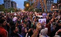 Сторонники Хасана Роухани в Тегеране, фото из архива