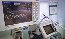 Диагностический медицинский прибор, фото из архива