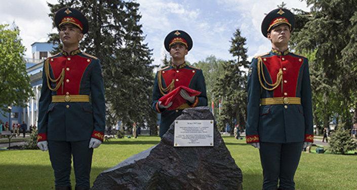 Министр обороны АР генерал-полковник Закир Гасанов на заседании Совета Министров Обороны СНГ в Москве