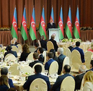 Azərbaycan prezidenti İlham Əliyev Respublika Günü münasibətilə keçirilən rəsmi qəbulda çıxış edərkən