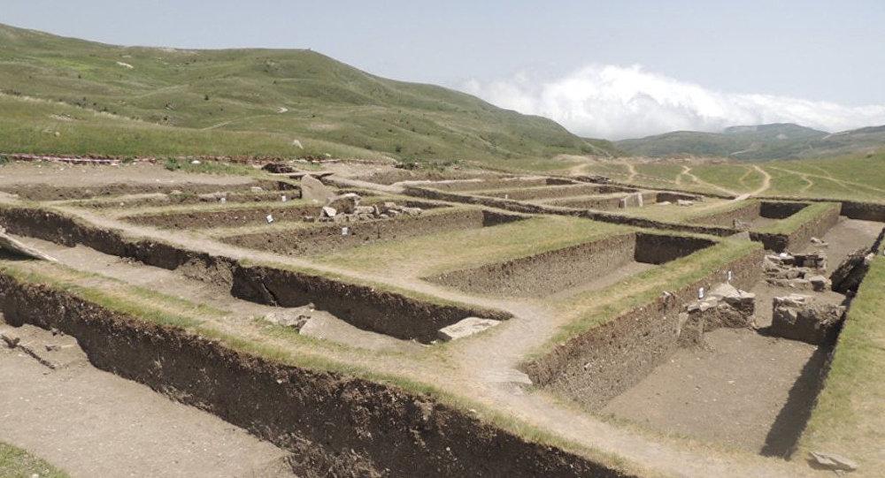 Некрополь на территории села Дамирчи Шамахинского района