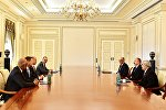 İlham Əliyev Statoil şirkətinin icraçı vitse-prezidentinin başçılıq etdiyi nümayəndə heyətini qəbul edib