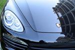 Автомобиль Porsche Cayenne, фото из архива
