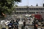 Пострадавшие на месте взрыва в Кабуле, фото из архива