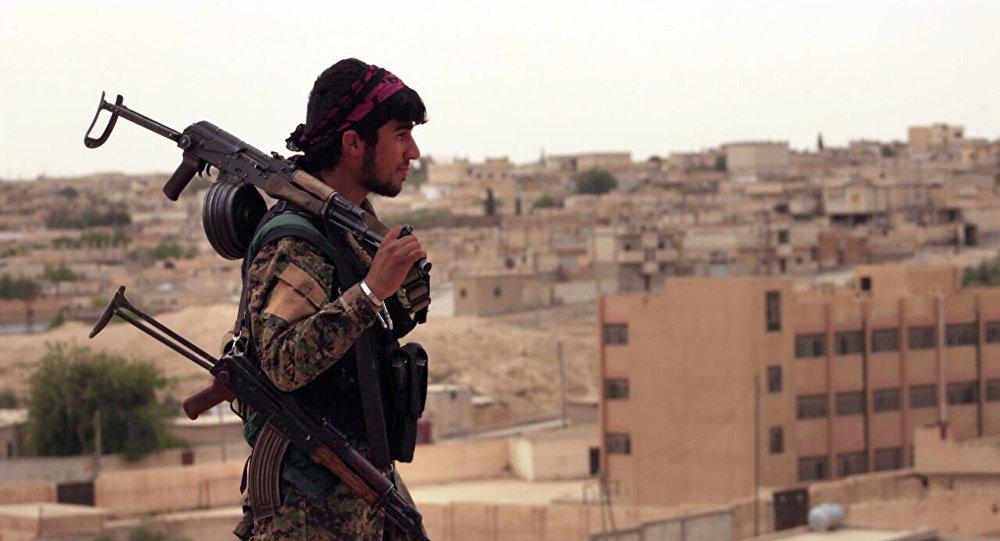 Солдат Сирийских ДС, фото из архива