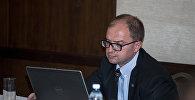 Председатель организационного комитета премии NETTY Руслан Новрузов
