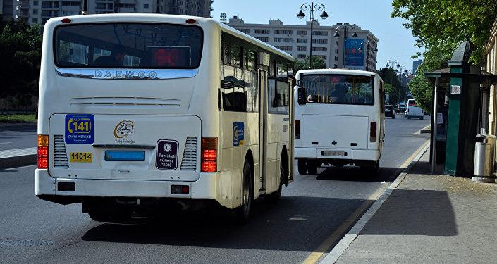 Старые автобусы в Баку