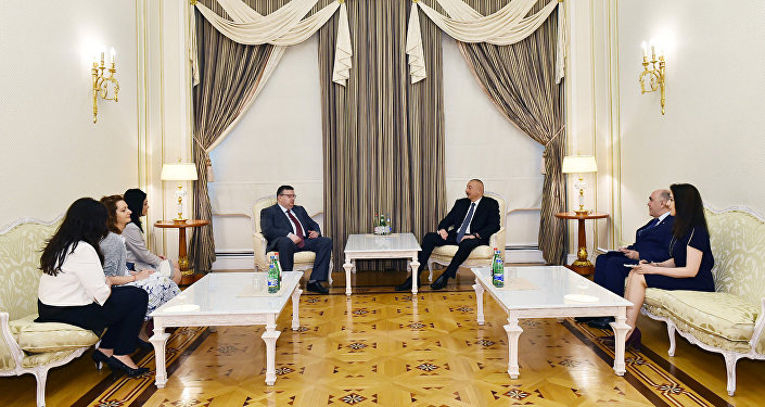 Президент Ильхам Алиев принял главного прокурора Болгарии