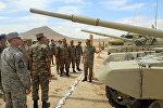 Военные атташе и представители аппаратов военных атташе, аккредитованные в Азербайджане, посетили воинскую часть