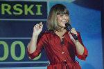 Актриса Наталья Варлей во время выступления на церемонии награждения победителей фестиваля спортивного кино Красногорский в Крокус-Экспо