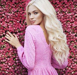 Известная российская модель, финалистка конкурса Мисс Россия-2012 Алина Шишкова