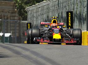 Первый день Гран-при Азербайджана Формулы-1