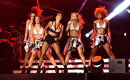 Выступление певицы Николь Шерзингер и группы The Black Eyed Peas в рамках развлекательной программы Гран-при Азербайджана Формулы 1