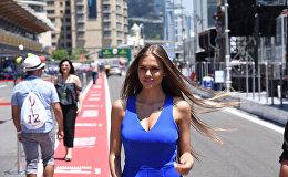 Playboy модель Виктория Одинцова на пит-лейне Формулы-1 в Баку