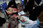 Дети в центре лечения холеры в Сане, Йемен, 15 мая 2017 года