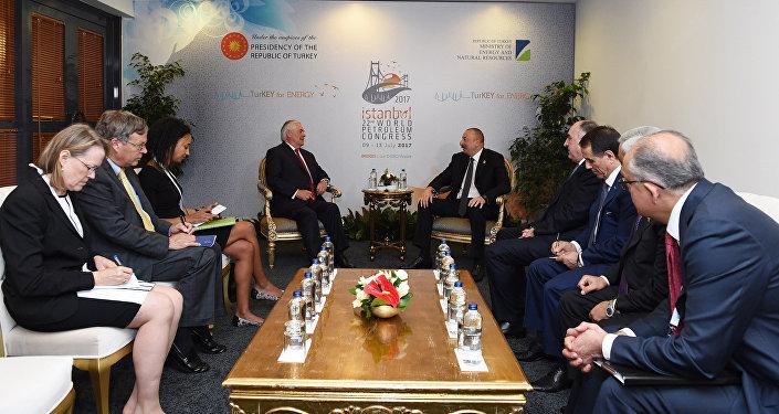 Встреча госсекретаря США Рекса Тиллерсона с президентом Азербайджана Ильхамом Алиевым