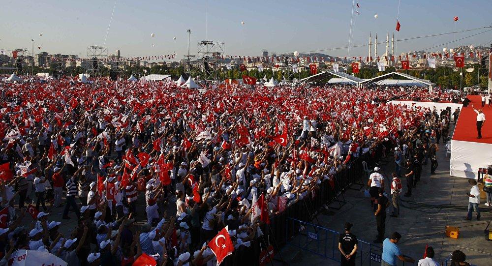 CHP lideri Kamal Kılıçdaroğlu tərəfdarlarının mitinqi, İstanbul, 9 iyul 2017-ci il