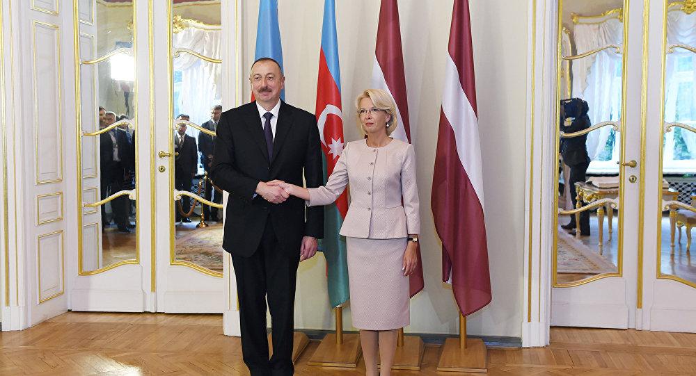 Президент Азербайджана Ильхам Алиев и председатель Сейма Латвии Инара Мурниеце