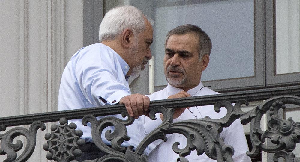 Брат президента Ирана Хасана Роухани Хуссейн Ферейдун (справа), фото из архива