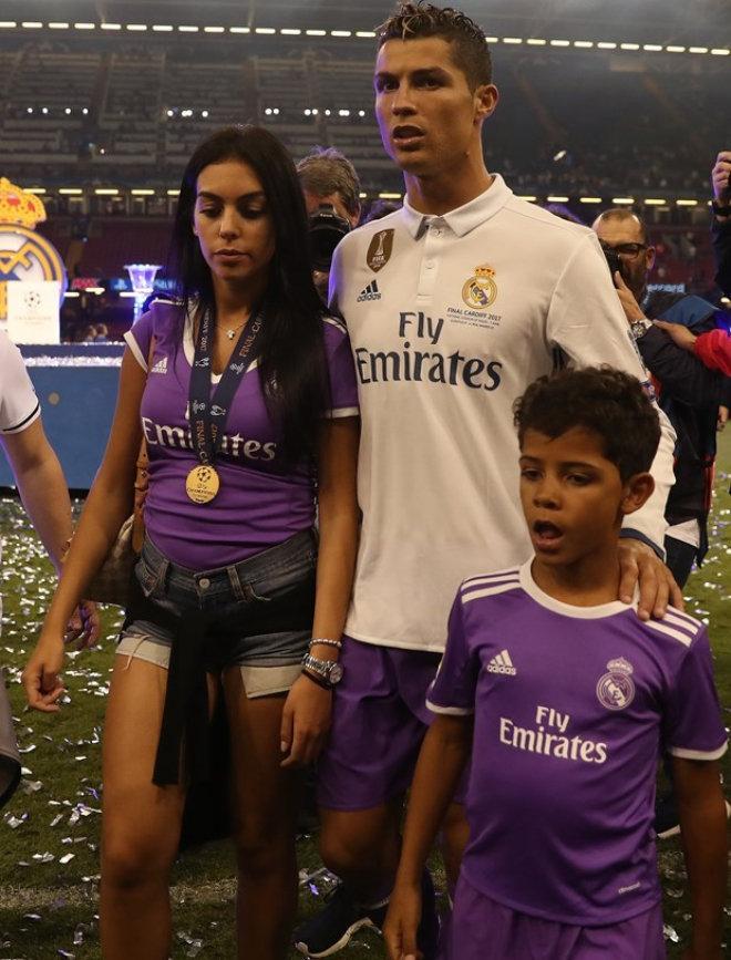 Ronaldo 4-cü dəfə ata olacaq