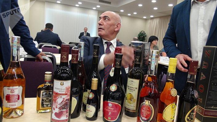 Найг Мамад-Гассанов и напитки товузского винзавода