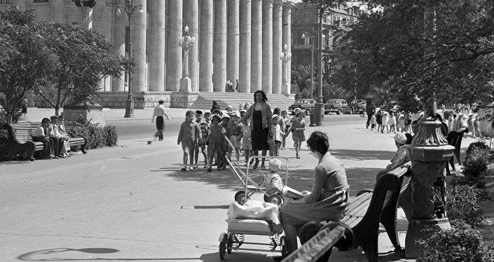 Женщины в Баку, 1965 год