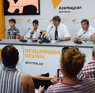 Пресс-конференция участников конкурса Ты супер! Танцы Аббасгулу Сафарова и Илькина Гусейнова