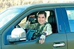 Türkmənistan prezidenti Qurbanqulu Berdımuhammedov hərbi təlimlər zamanı