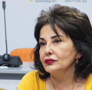 """""""Təmiz Dünya"""" İctimai Birliyinin rəhbəri Mehriban Zeynalova"""