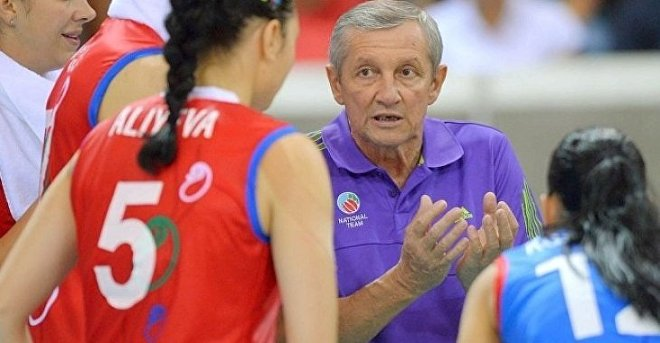 Тренер женской сборной Азербайджана по волейболу Александр Червяков