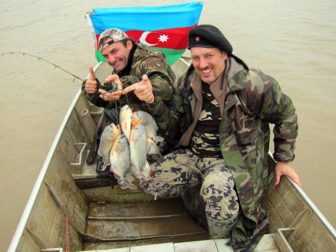 Асиф Ильясов (справа) и Фаик Бабанлы
