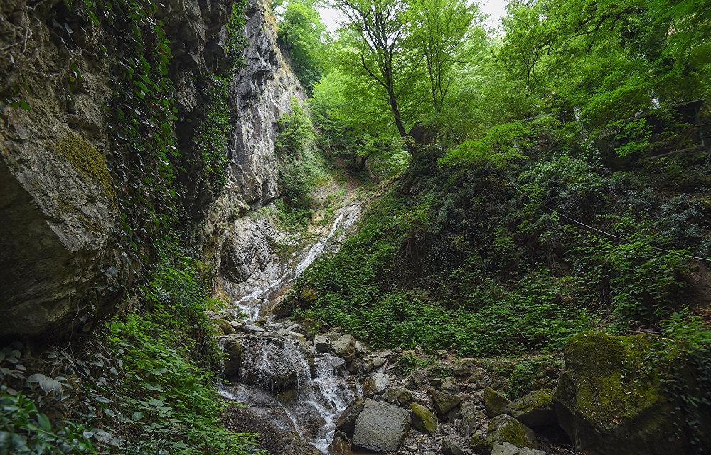 Водопад Семь красавиц в Габалинском районе Азербайджана.