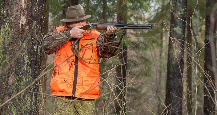 Охотник, фото из архива