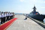 Малый ракетный корабль Град Свияжск ВМФ России покидает Бакинский порт