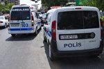 Автомобили патрульно-постовой службы и скорой помощи в Баку, фото из архива