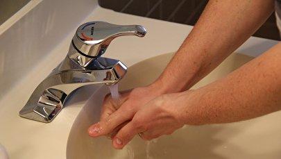 Мытье рук, фото из архива