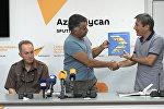 Объединение фотографов Азербайджана преподнесло подарок Sputnik