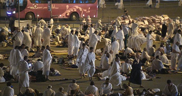 Паломники во время хаджа в Саудовской Аравии, фото из архива