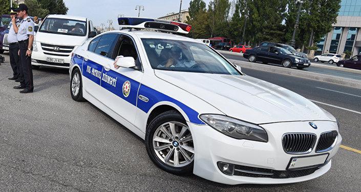 Автомобиль дорожно-патрульной службы в Баку