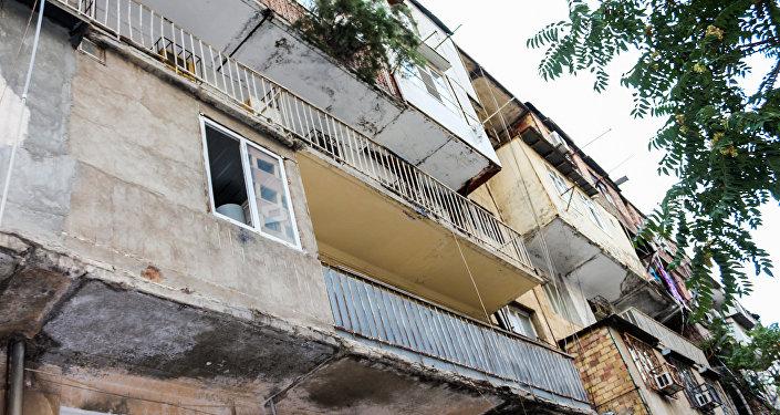 Жилой дом, расположенный в Насиминском районе