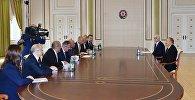 İlham Əliyev Avropa Yenidənqurma və İnkişaf Bankının prezidentinin başçılıq etdiyi nümayəndə heyətini qəbul edib