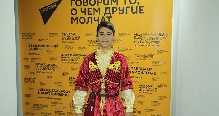 Первые эмоции от выступления участника Ты супер! Танцы от Азербайджана