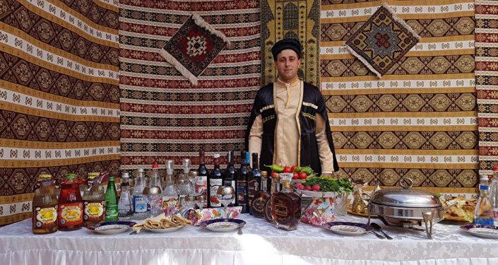 Представители азербайджанской диаспоры приняли участие в Дне народов Среднего Урала