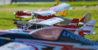Выставка и шоу мини-авиации в парке Центра Гейдара Алиева