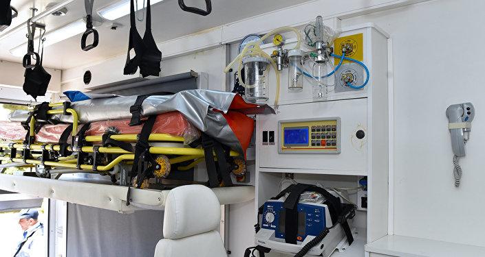 Оснащение кареты скорой помощи, фото из архива
