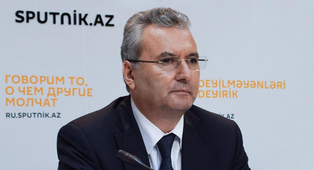 Заместитель руководителя аппарата министерства Фарзали Гадиров.