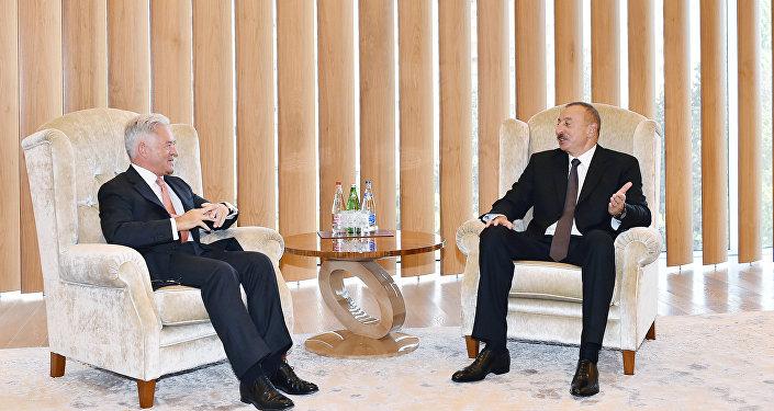 Государственный министр Великобритании Алан Дункан на встрече с президентом Азербайджана Ильхамом Алиевым