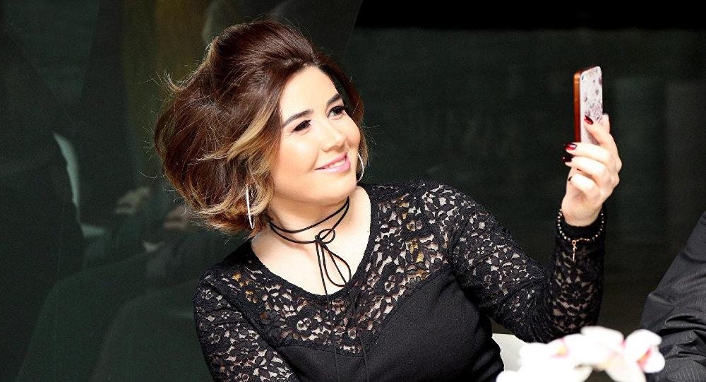Певица Эльнара Халилова, фото из архива