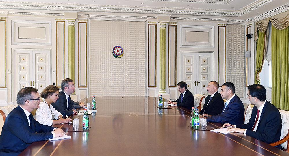 Встреча президента Азербайджана Ильхама Алиева с делегацией во главе с госсекретарем при министре по делам Европы и иностранных дел Франции Жаном-Батистом Лемуаном